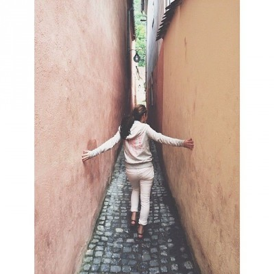 YR14/15 playtime by tarynbrookie Walked through the-worlds narrowest STREET today
