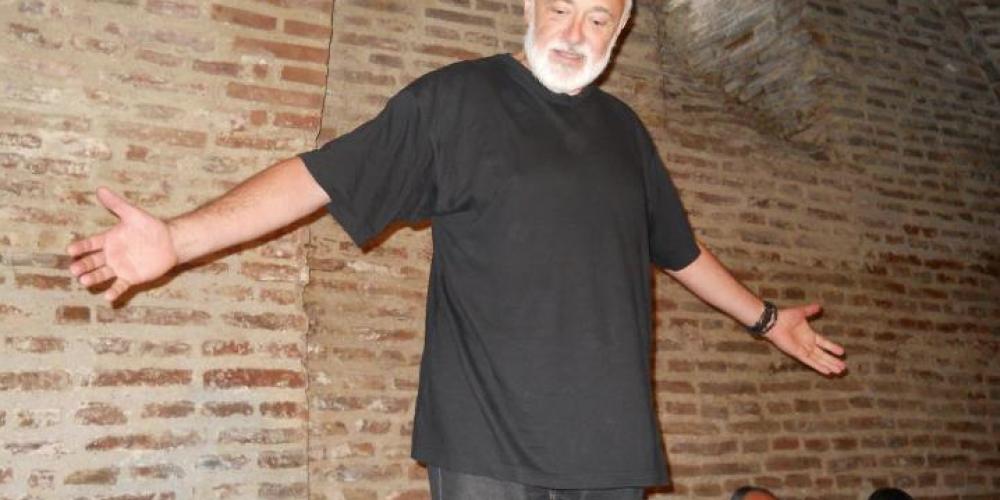 Sonetul Strazii Sforii de Adrian Munteanu